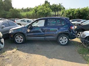 Volkswagen Tiguan 2015.jpg