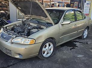 Nissan Sentra 2001.jpg