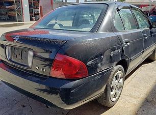 Nissan Sentra 2006.jpg