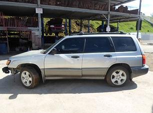 Subaru Forester 1999 .jpg
