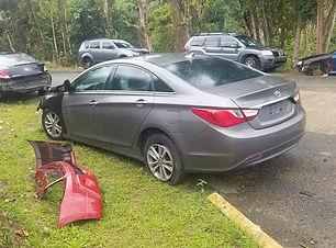 Hyundai Sonata 2011.jpg