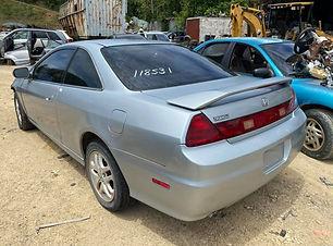 Honda Accord 2000.jpg