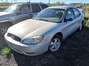 Ford Taurus 2006.jpg