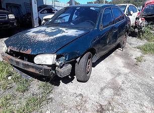 Toyota Corolla 1999.jpg