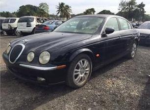 Jaguar S-Type 2005.jpg
