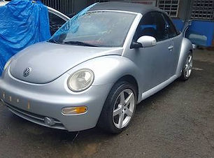 Volkswagen Beetle 2003.jpg