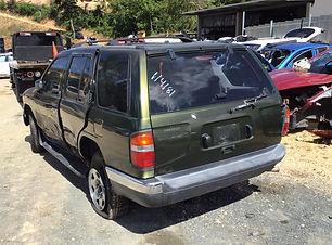 Nissan Pathfinder 1998.jpg