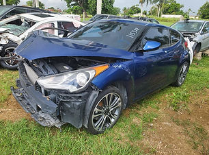 Hyundai Veloster 2016.jpg