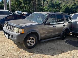 Ford Explorer 2005.jpg