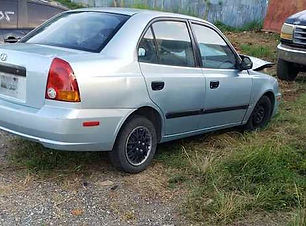 Hyundai Brio std 2005.jpg