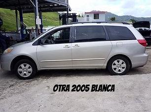 Toyota Sienna 2004.jpg