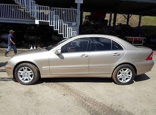 Mercedes Benz C240 2005.jpg