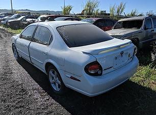 Nissan Maxima 2000.jpg