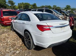 Chrysler 200 2013.jpg