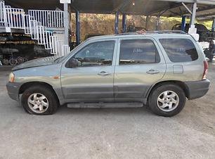 Mazda TRIBUTE 2003.jpg