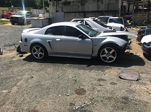 Mustang GT 2001.jpg