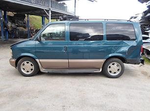 Chevrolet ASTRO 2003.jpg