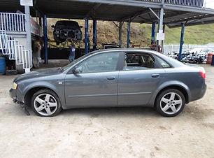 Audi A4 2005.jpg