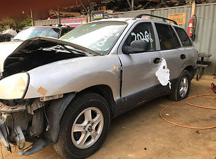 Hyundai Santa Fe 2002.jpg