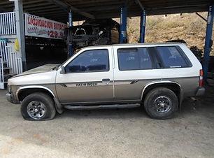 Nissan PATHFINDER 1994.jpg