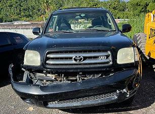 Toyota Sequoia 2002.jpg