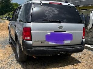 Ford Explorer 2003.JPG