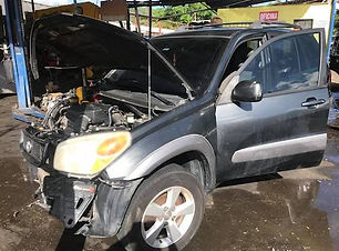 Toyota Rav4 2005.jpg