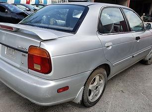 Suzuki Baleno 2000.jpg
