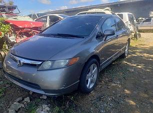 Honda Civic 2006.jpg