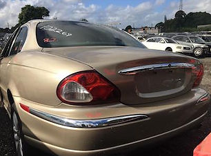 Jaguar X Type 2002.jpg