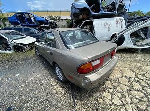 Mazda Protege 1997.HEIC