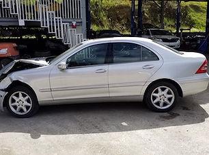 Mercedes Benz C240 2004.jpg