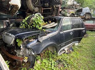 Lincoln Navigator 2004.jpg