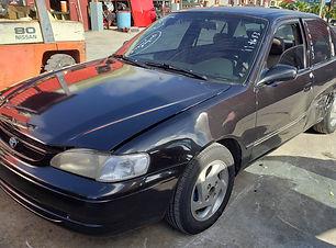 Toyota Corolla 1998.jpg