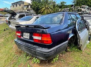 Volvo 940 1995.jpg