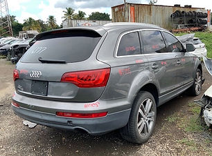 Audi Q7 2011.jpg