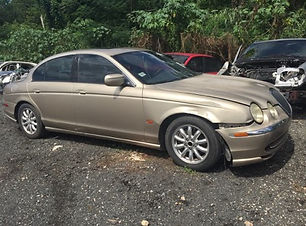 Jaguar S-Type 2001.jpg