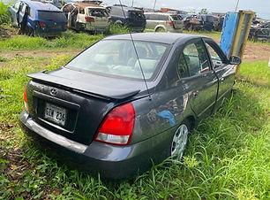 Hyundai Elantra 2002.jpg