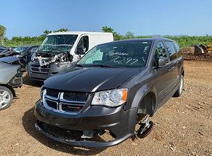 Dodge Caravan 2016.jpg