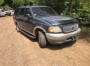 Ford Expedition 2000.jpg