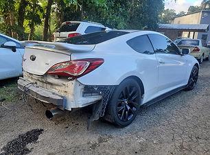 Hyundai Genesis 2014.jpg