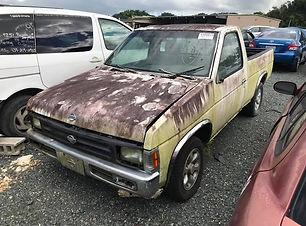 Nissan Pickup 1996.jpg
