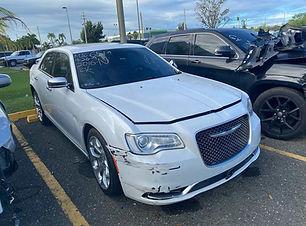 Chrysler 300 2016.jpg