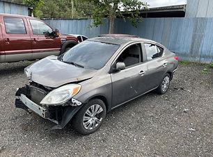 Nissan Versa 2012.jpg