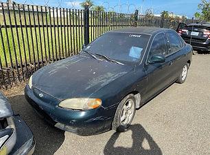 Hyundai Elantra 1998.jpg