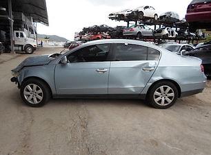Volkswagen Passat 2008.jpg