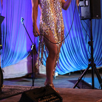 Singing for Dusty's Ragtime & Novelties show