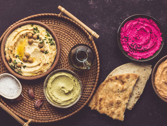 Hummus de remolacha, de batata y con oliva