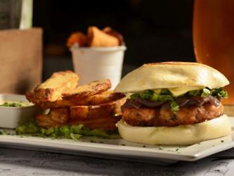 Receta para el finde: hamburguesa de salmón