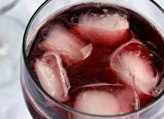 Selección de vinos tintos para tomar con hielo